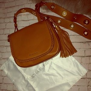 Michael Kors Crossbody with dust bag